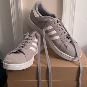 Adidas gray campus men's size 7/women's size 9
